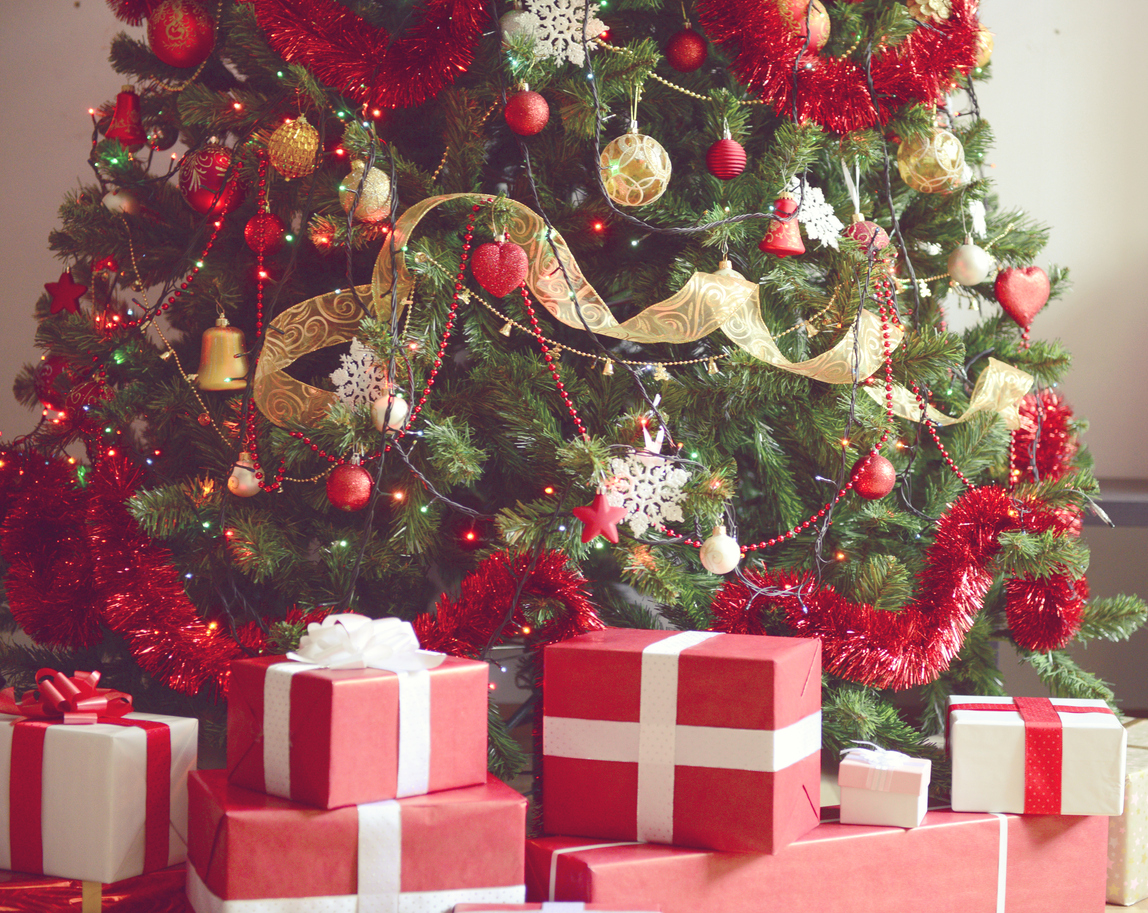 Keeping Christmas Tree Fresh